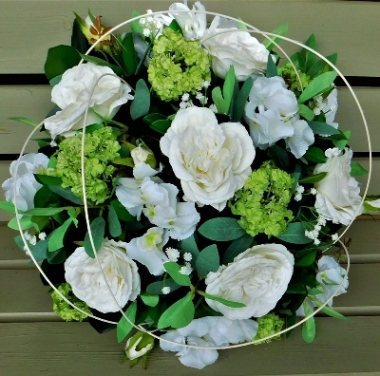 Artificial White Posy Pad